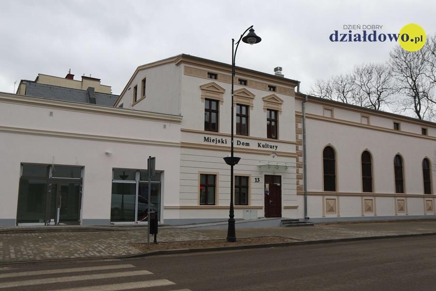Zapaszmy do obejrzenia postępu prac remontowych MDK przy ul. Jagiełły [film, zdjęcia]