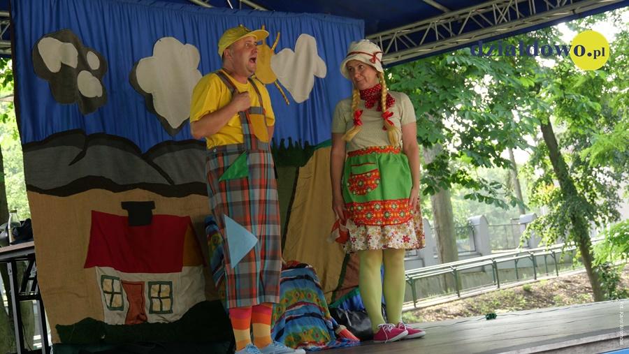"""""""Jaś i Małgosia"""" na scenie w parku HDK"""