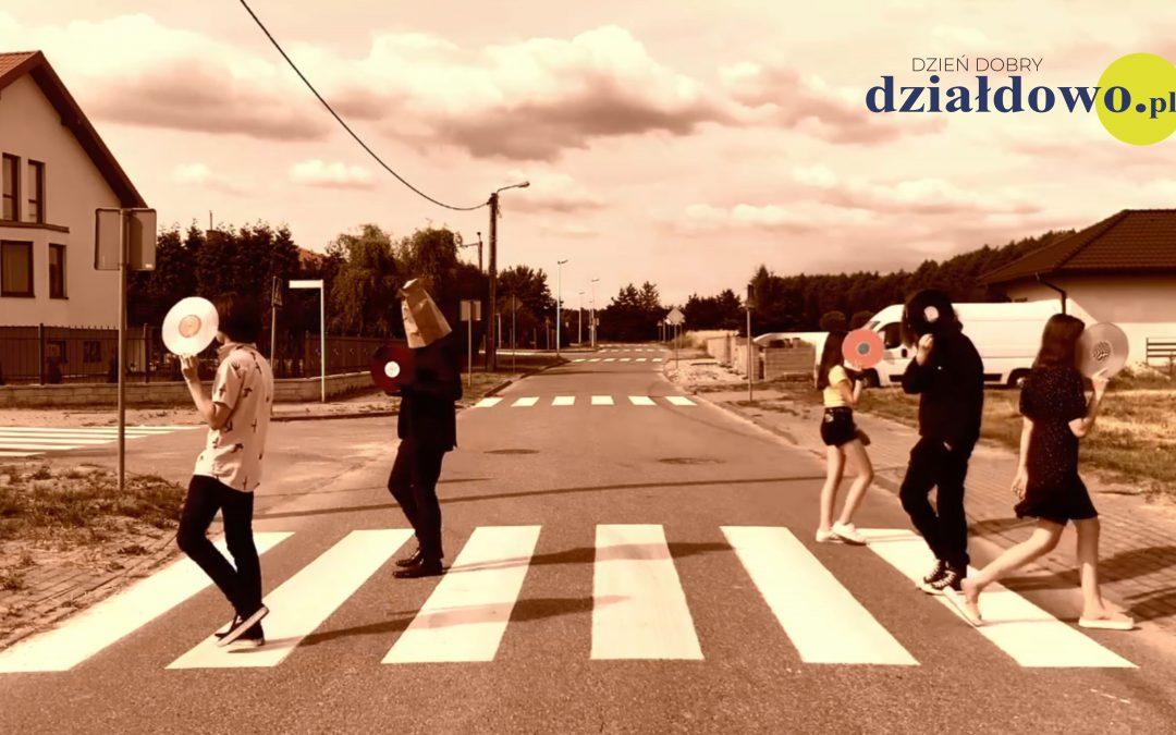 """""""Przejście""""- etiuda grupy filmowej #wDziałaniu [film]"""